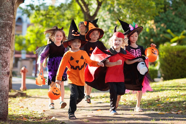 Halloween dan Trick or Treat Berkembang di Amerika